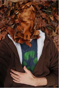 portfolio Ian Stone, headless man in leaves